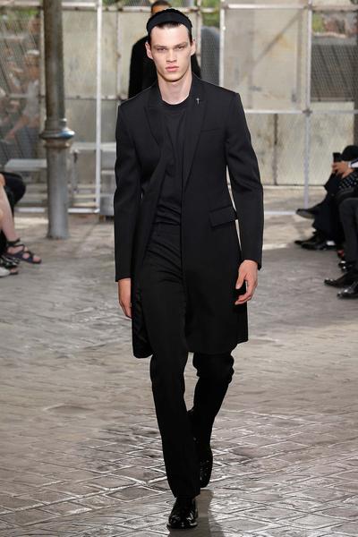 Неделя мужской моды в Париже: лучшие показы | галерея [4] фото [32]