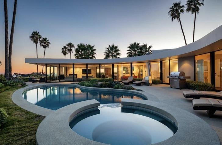 Илон Маск продает дом в Лос-Анджелесе за 4,49 млн долларов (фото 2)