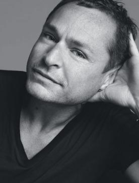 Том Пешо, креативный директор по макияжу Estée Lauder