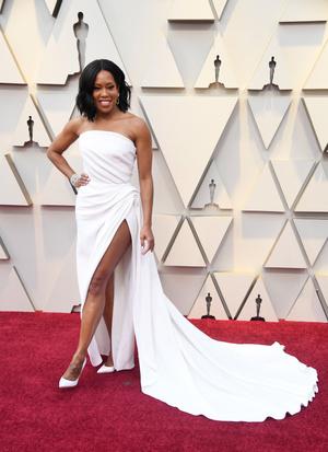 Самые красивые украшения «Оскара-2019» (фото 24.1)