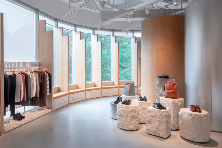 Городские ландшафты в интерьерах бутика Assemble by Réel (фото 16)