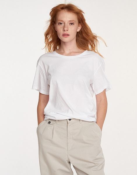 15 белых футболок, которые идут всему   галерея [1] фото [3]