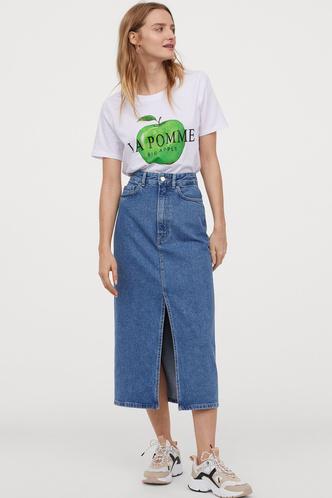 Всего одна юбку на весну — джинсовая миди, как носили наши мамы (фото 5.2)
