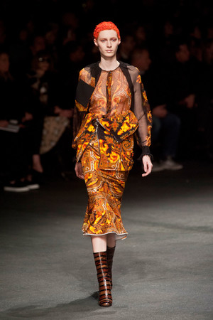 Показы мод Givenchy Осень-зима 2013-2014 | Подиум на ELLE - Подиум - фото 607