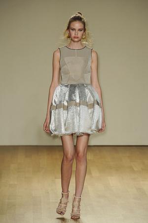 Показы мод Antonio Berardi Весна-лето 2011 | Подиум на ELLE - Подиум - фото 2600