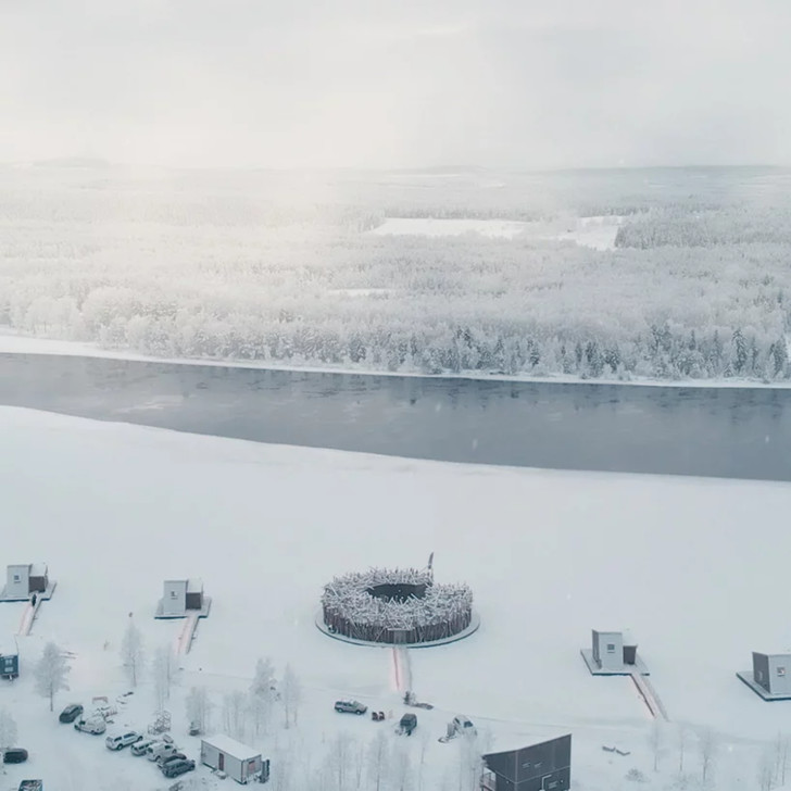 Arctic Bath: плавучий отель в Швеции (фото 3)