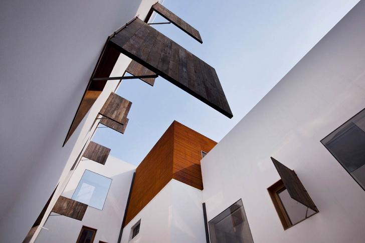 Отель The Waterhouse at South Bund, Шанхай, проект студии Neri & Hu