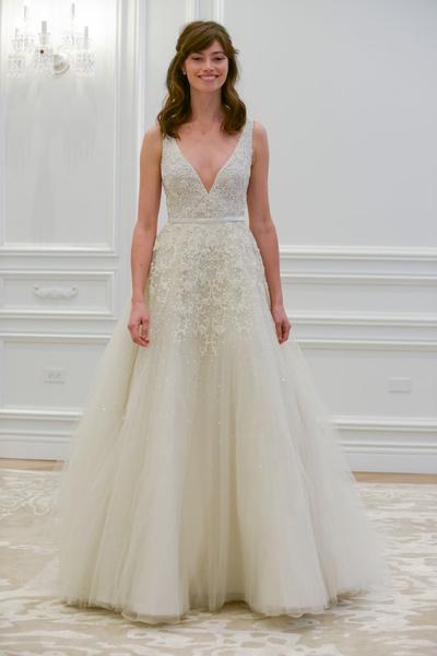 50 самых красивых платьев со Свадебной Недели Моды в Нью-Йорке | галерея [1] фото [47]