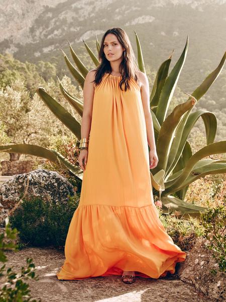 Mango представил новую коллекцию одежды для девушек с формами | галерея [1] фото [2]