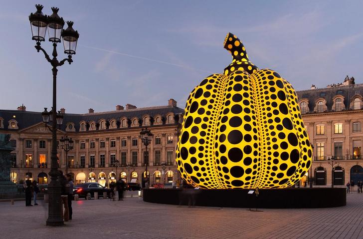 Огромная тыква от Яей Кусамы в Парже (фото 4)