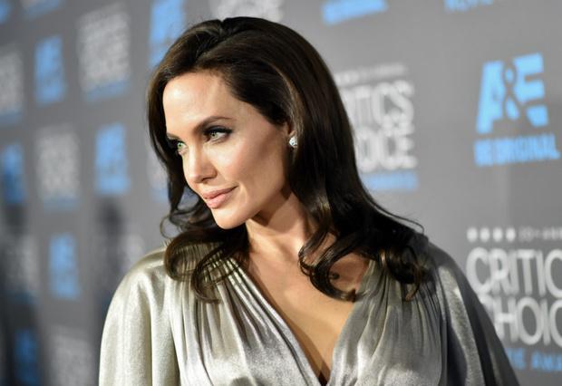 Фильм Анджелины Джоли «Сначала они убили моего отца» поборется за «Оскар» фото [1]