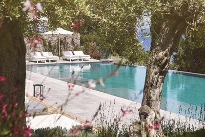Канули в лето: где отдыхают Кейт Мосс, Наоми Кэмпбелл и Поппи Делевинь (галерея 32, фото 0)