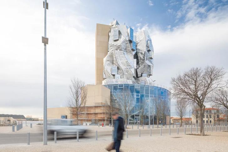 Башня LUMA по проекту Фрэнка Гери (фото 10)