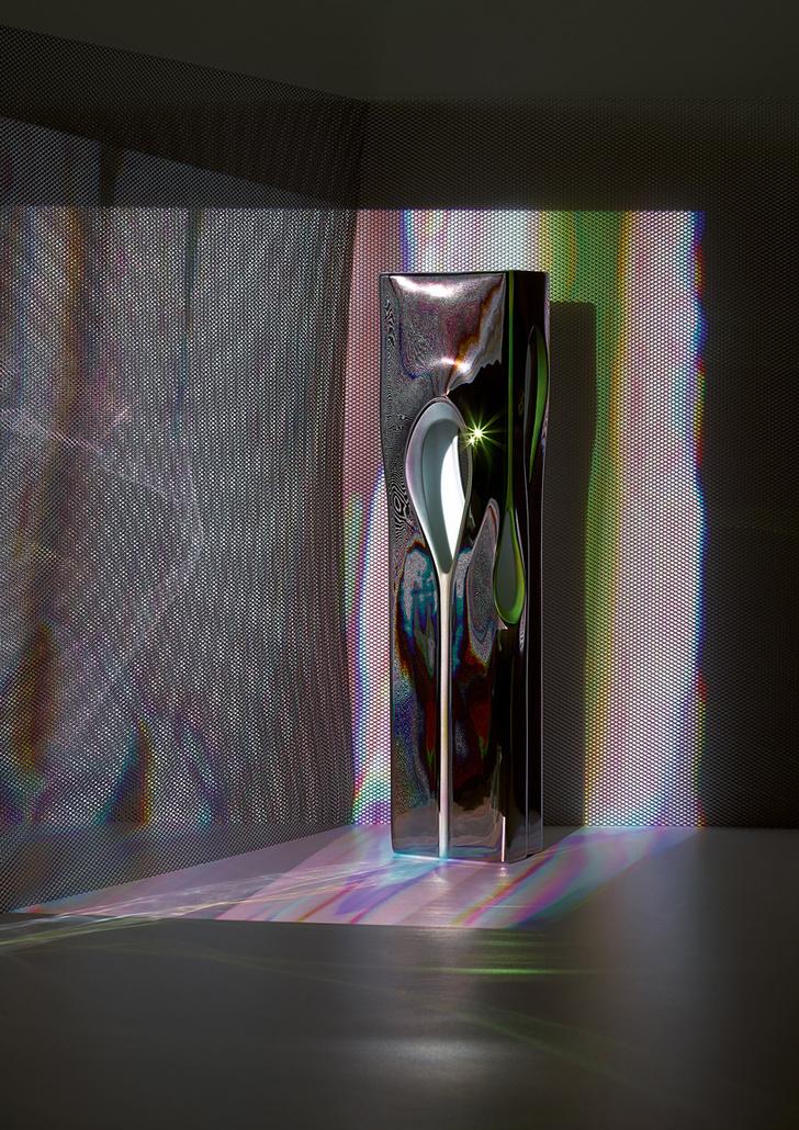 Футуристичные вазы от Zaha Hadid Design и Porcelain (фото 0)