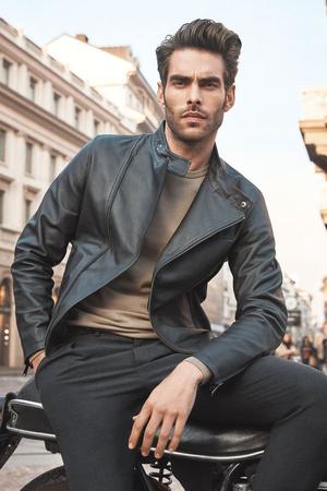 10 самых красивых мужчин-моделей всех времен (фото 11)