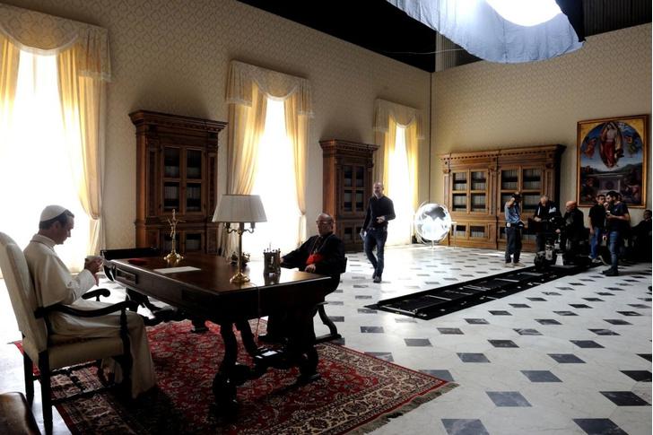 Готовый проект: мужской кабинет 20 м² в духе «Молодого Папы» (фото 6)