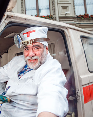 Звездные водители раритетных автомобилей на ГУМ-Авторалли (фото 4.1)