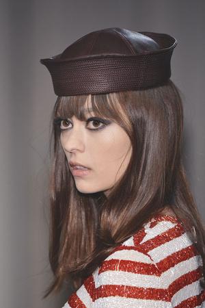 Показ Jean Paul Gaultier коллекции сезона Осень-зима 2009-2010 года Haute couture - www.elle.ru - Подиум - фото 87992