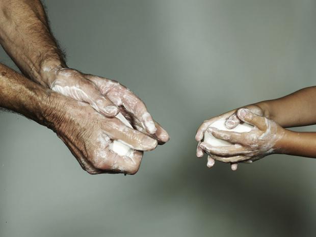 #Иммунитет: как правильно мыть руки (а не обрабатывать их гелем) (фото 3)