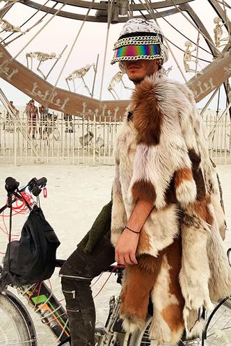 Буря в пустыне: Эдгардо Озорио — о том, как выжить на фестивале Burning Man фото [4]