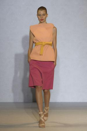 Показ Nicole Farhi коллекции сезона Весна-лето 2012 года Prêt-à-porter - www.elle.ru - Подиум - фото 299498
