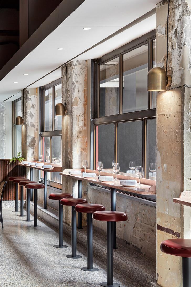 Розовый мрамор и потертый бетон: паста бар в Мельбурне (фото 6)