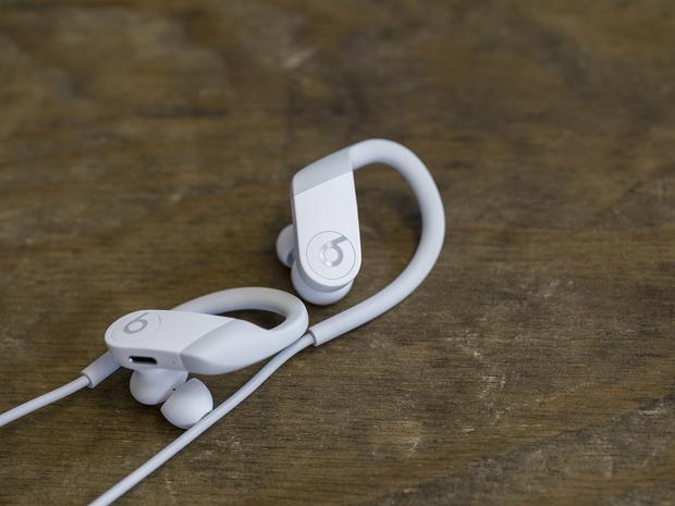 Не слышу препятствий: наушники для тренировок (фото 1)