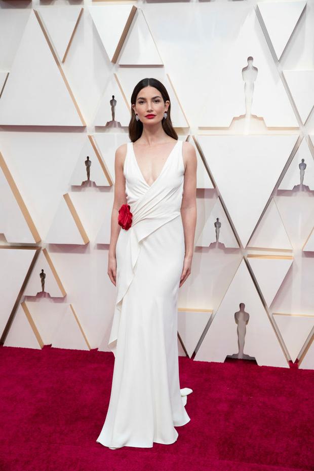 Светлая сторона: платья в нюдовых оттенках на церемонии «Оскар-2020» (фото 6)