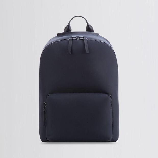 15 нейлоновых сумок и рюкзаков на каждый день (фото 10)