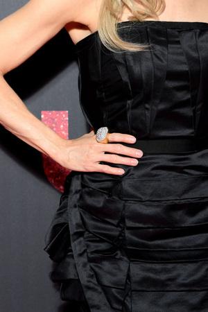 Завтрак у Тиффани 2.0: элегантная Рене Зеллвегер на парижской премьере «Джуди» (фото 4.1)