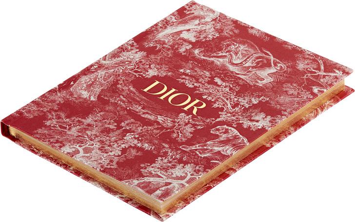 Капсульная коллекция Dior Maison в поп-ап бутике в ЦУМе (фото 5)