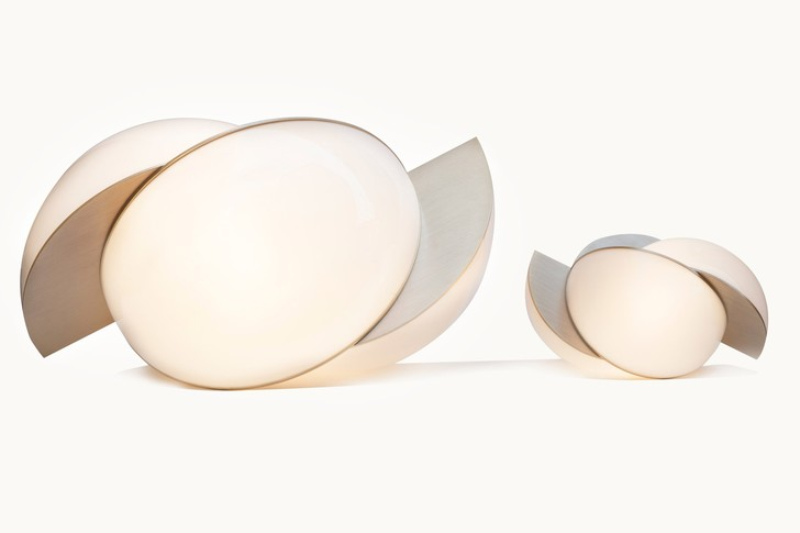 Светильники-сферы от ювелирного дизайнера Лары Бохинц