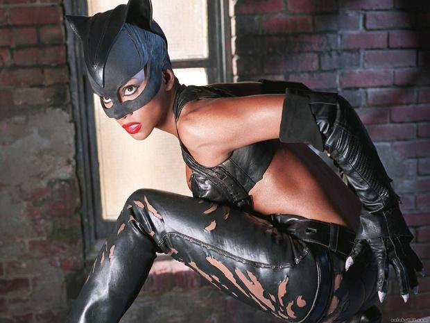 Хэлли Берри - Женщина-кошка