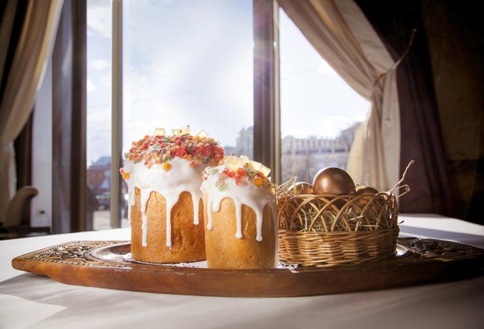 Отель «Метрополь» приглашает на пасхальный обед