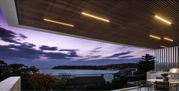 Ночная жизнь. Как организовать подсветку загородного дома? (фото 25)