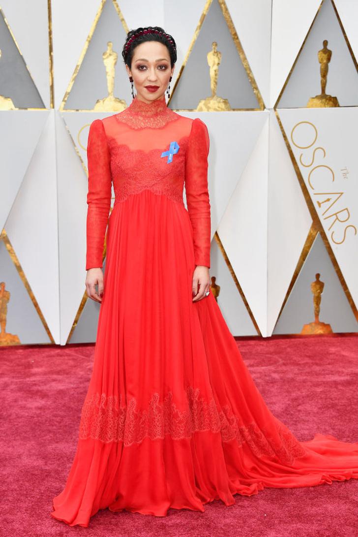 Рут Негга в Valentino Couture на «Оскаре-2017»