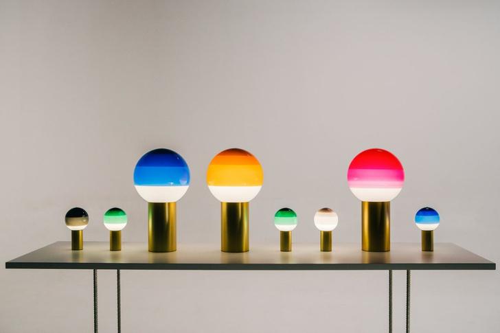 Лампы с градиентом Dipping Light от Marset (фото 0)