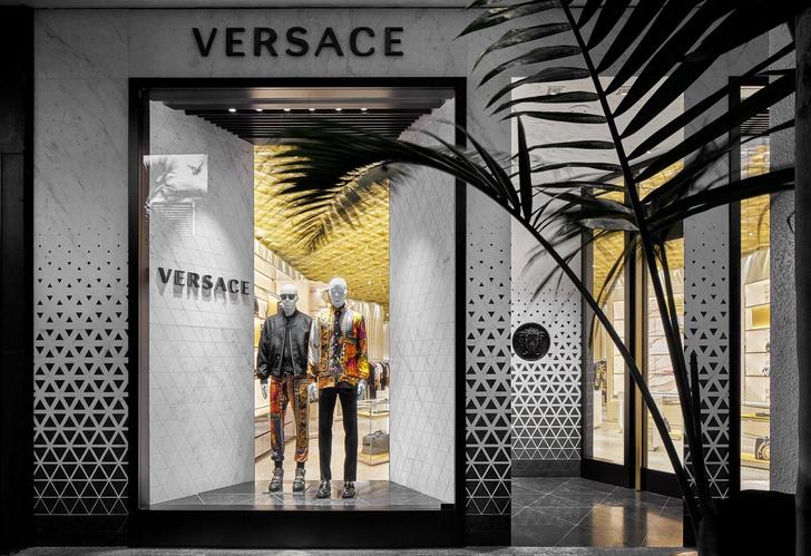 В Майами открылся новый бутик Versace (фото 0)