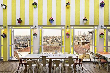 Международная Школа Дизайна – о бутик-отелях Стамбула   галерея [2] фото [1]