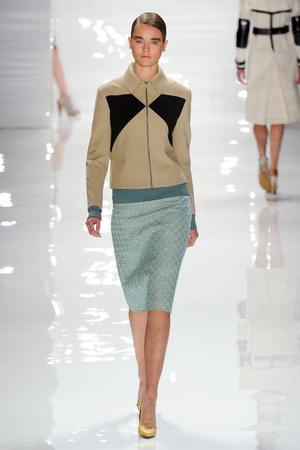 Показы мод Derek Lam Весна-лето 2012 | Подиум на ELLE - Подиум - фото 2054