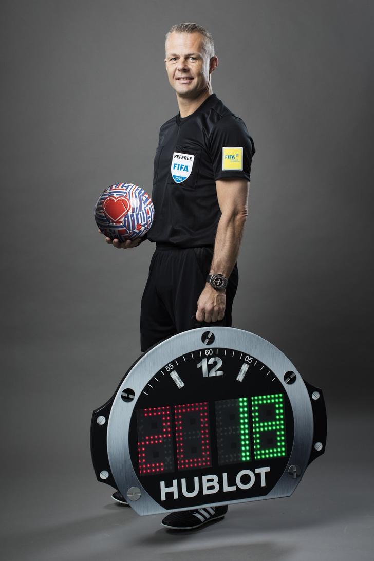 Футбольные символы Андрея Бартенева для Hublot (фото 6)