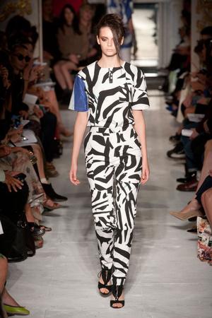 Показ Fashion East коллекции сезона Весна-лето 2013 года prêt-à-porter - www.elle.ru - Подиум - фото 427170