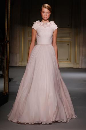 Показ Georges Hobeika коллекции сезона Весна-лето 2013 года Haute couture - www.elle.ru - Подиум - фото 477526