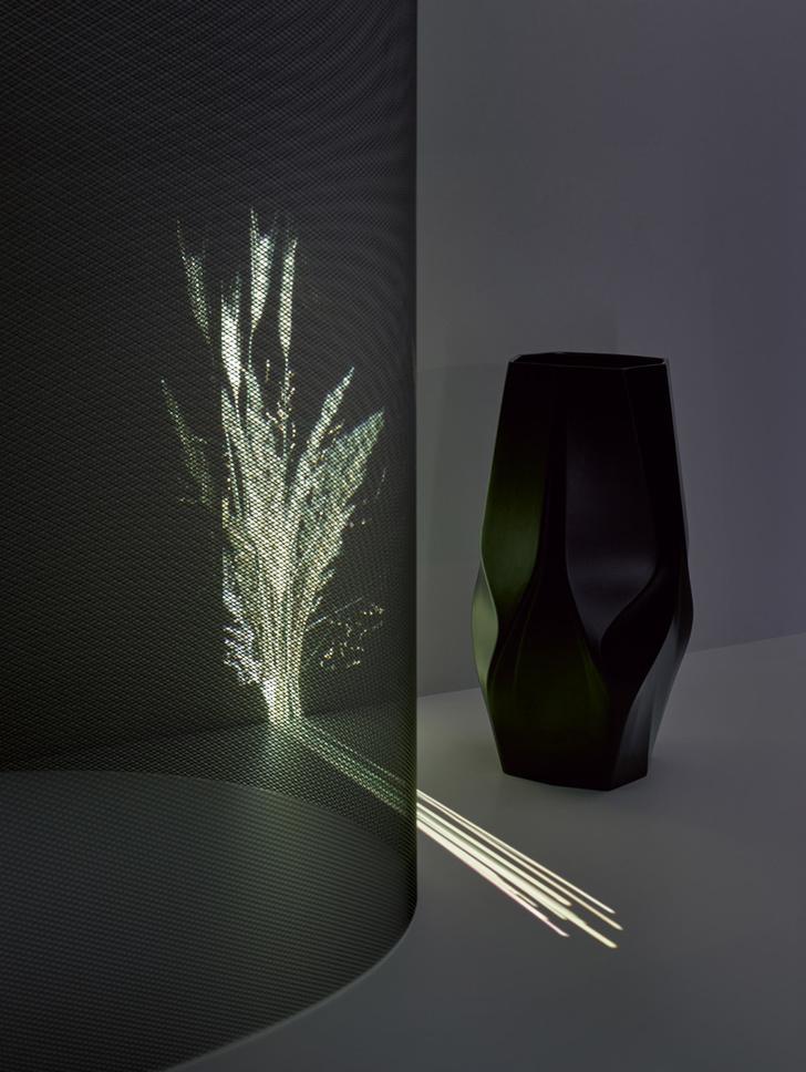 Футуристичные вазы от Zaha Hadid Design и Rosenthal (фото 4)