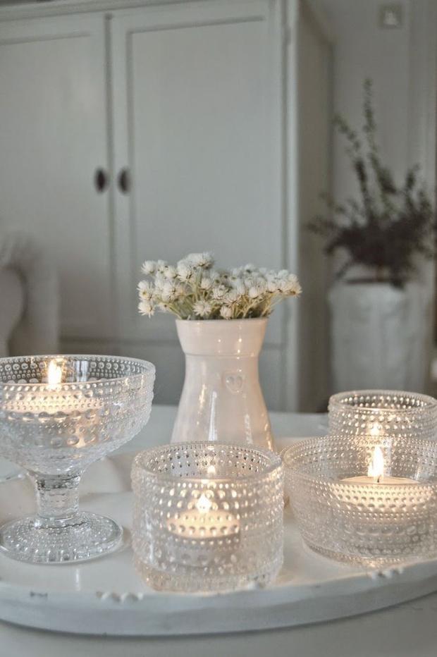 Аристократично и стильно:  10 главных правил декора интерьера свечами (фото 8)