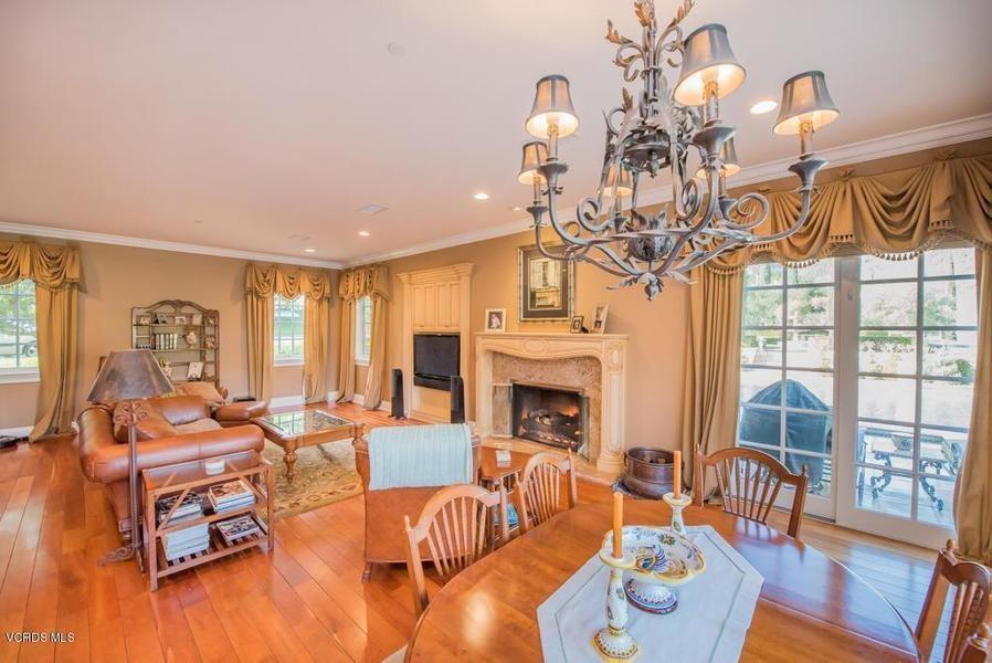 Уейн Грецки продал свой дом в Калифорнии за 3,4 млн долларов | галерея [1] фото [2]