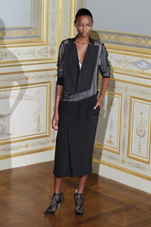 Показ Anne Valerie Hash коллекции сезона Осень-зима 2011-2012 года Haute couture - www.elle.ru - Подиум - фото 276952