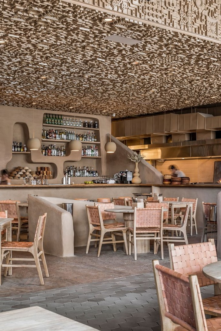 Ресторан с необычным потолком в Мексике (фото 7)