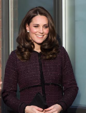 Новый выход беременной Кейт Миддлтон (фото 5)