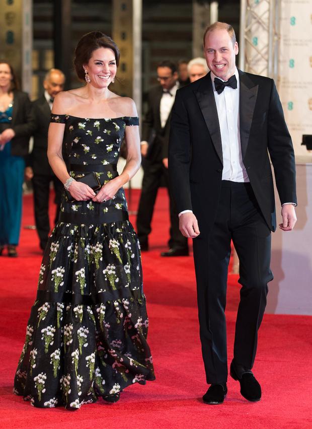 Кейт Миддлтон в Alexander McQueen и принц Уильям